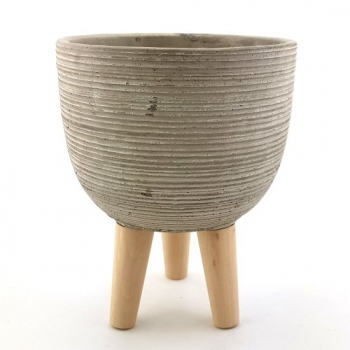 CEMENT POT WITH LEGS