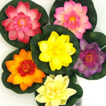 LILY FLOATERS 17cm
