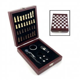 WINE CHESS GIFT SET